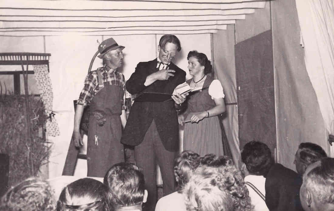 """Theateraufführung """"Der Meineidbauer"""" - Adolf Krutzler, Ernst Hutter und Hedi Karner"""